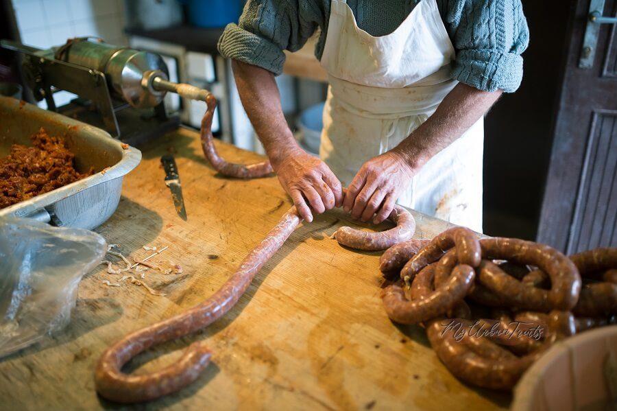 Hungarian Homemade Sausage – Kolbasz Recipe